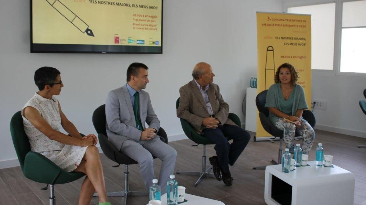 L'AVL convoca el III Concurs d'Escriptura en Valencià per a Estudiants d'ESO