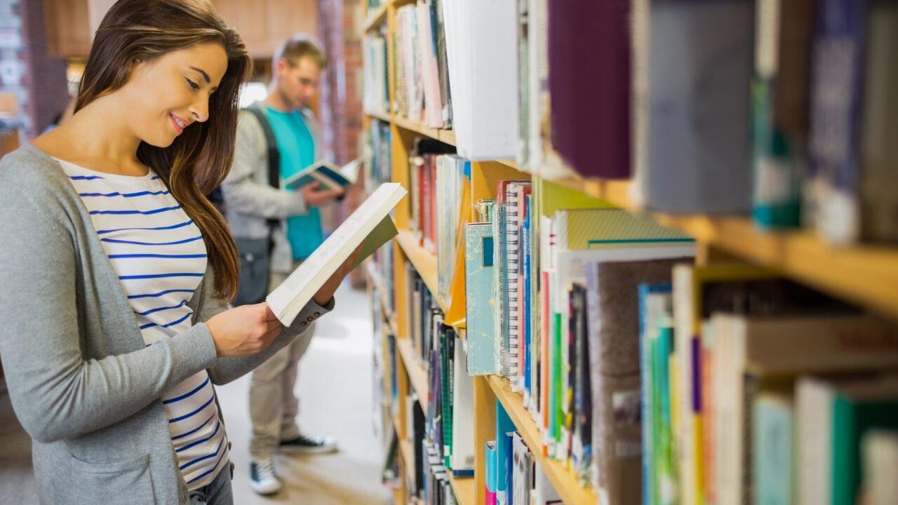 Obert el termini de preinscripció del Diploma en Cultura, Lectura i Literatura per a Infants i Joves
