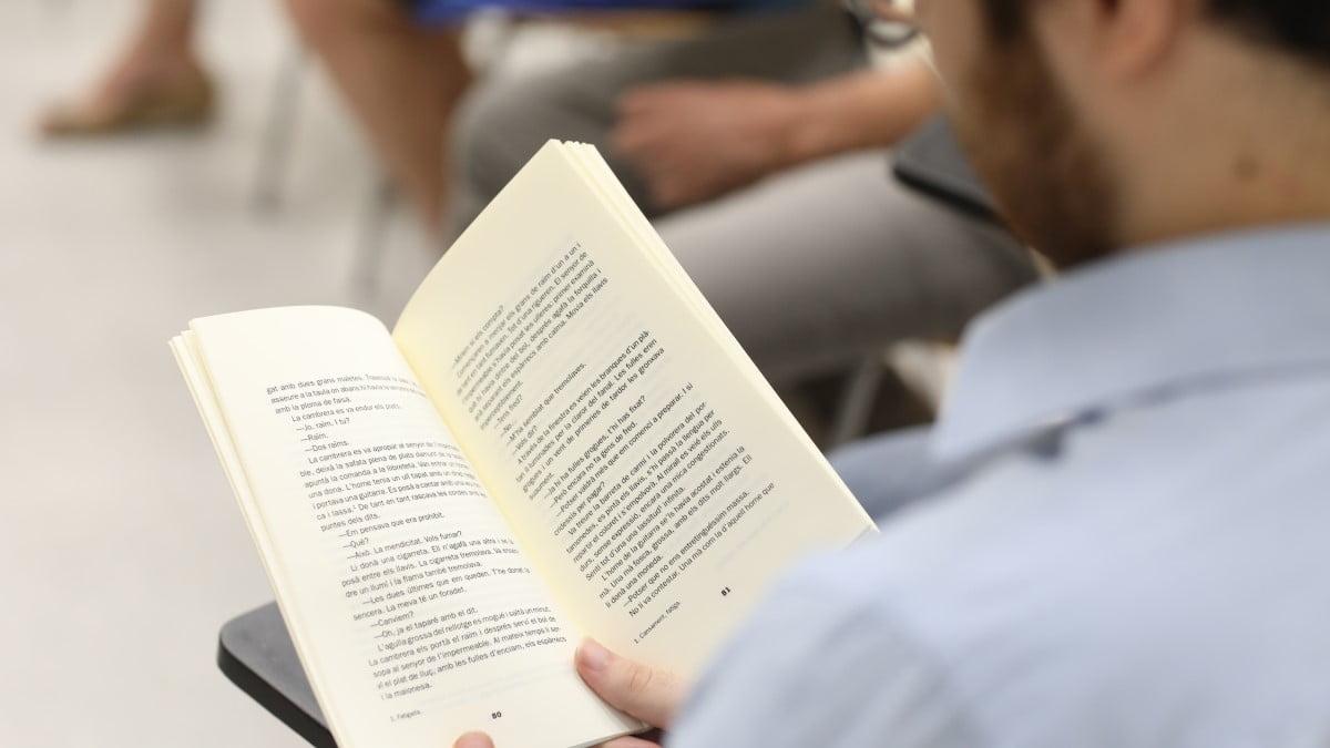 Vídeos per a impulsar la creació de clubs de lectura
